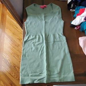 Liz Lange Maternity Sleeveless shirt size XS